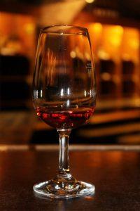 Schilcherkeller, Schilcher, Wein, Rosewein, Weinkeller, Weinglas, Keller, Verkostung, Blaue Wildbacher Rebe