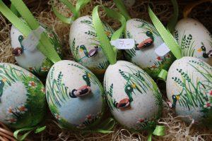 Osterausstellung Bad Gams Farmer-Rabensteiner Osterieier bemalte Eier Ostern